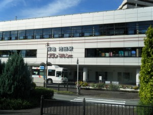 7:40 阪急「池田駅」 新御堂筋を経て三国・江坂・桃山台等もご利用可能